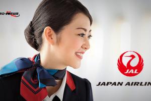 Pour avoir bu du champagne à bord, une hôtesse de l'air de la Japan Airlines est sanctionnée, le président de la Cie aussi avec -20 % sur son salaire du mois