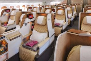 Emirates présente le nouveau Boeing 777-200LR en Tunisie